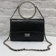Adele Circle Leather Shoulder Bag Black