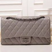 Adele Flap Bag Grain Leather Grey