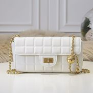 Adele Ice Cubes Leather Shoulder Bag White