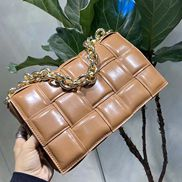 Mia Leather Chain Shoulder Bag Black Camel