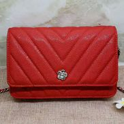 Adeline Grain Leather Grand V shape Shoulder Bag Red