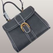 Suzanne Horseshoe Buckle Leather Medium Bag Black
