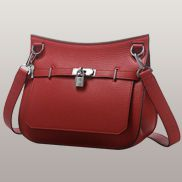 Birgit Calf Leather Shoulder Bag Red